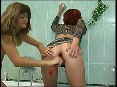 masturbation unter der dusche perverse sex spiele